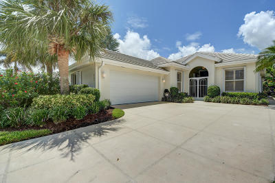Port Saint Lucie Single Family Home For Sale: 523 SW Hampton Court