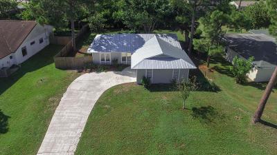 Port Saint Lucie Single Family Home Contingent: 550 SE Damask Avenue