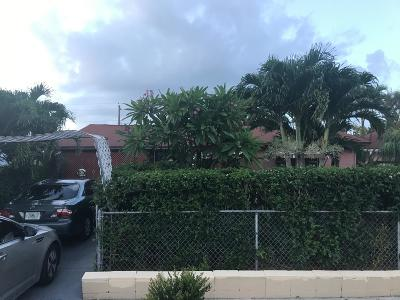 West Palm Beach Single Family Home For Sale: 633 41st Street