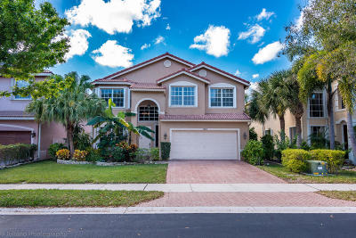 Delray Beach Single Family Home For Sale: 1650 E Classical Boulevard