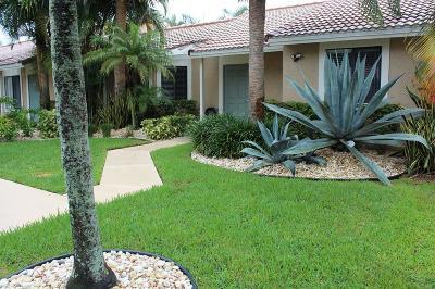 Boynton Beach Single Family Home For Sale: 9899 Watermill Circle #E