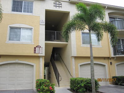 Royal Palm Beach Condo For Sale: 1400 Crestwood Court S #1402