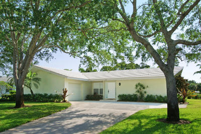 Tequesta Single Family Home For Sale: 262 Golfview Drive