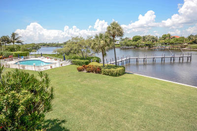 Palm Beach Townhouse For Sale: 3474 S Ocean Boulevard #6