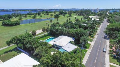 Lake Worth Single Family Home For Sale: 328 Lakeside Drive