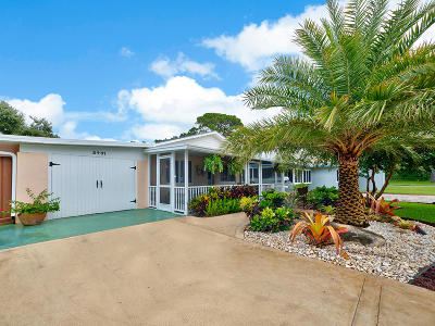 West Palm Beach Single Family Home For Sale: 2401 Country Oaks Lane