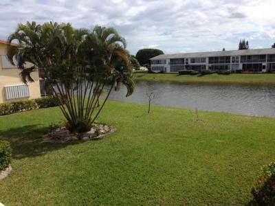 West Palm Beach Condo For Sale: 41 Chatham B