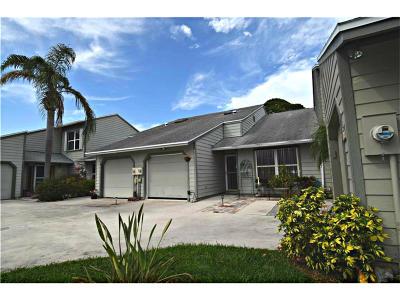 Jensen Beach Single Family Home For Sale: 925 NE Sandalwood Place