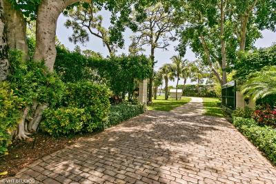 Tequesta Single Family Home For Sale: 19456 Pine Tree Drive