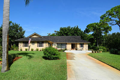 Palm City Single Family Home For Sale: 597 SW Woodcreek Drive