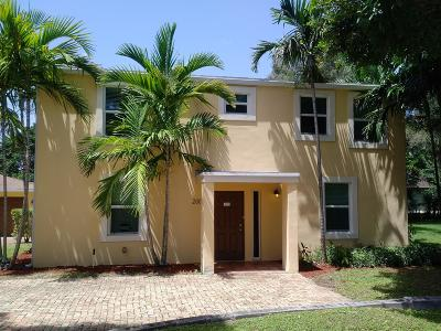 West Palm Beach Single Family Home For Sale: 200 Lang Road