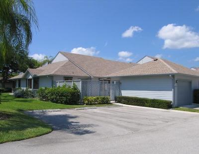 Hobe Sound Single Family Home For Sale: 6103 SE Georgetown Place #610