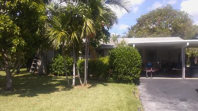 Lantana Single Family Home For Sale: 1203 Sandpiper Lane