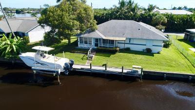 Stuart Single Family Home For Sale: 126 SW Cabana Point Circle