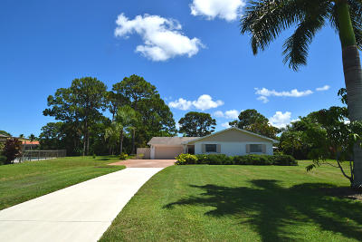 Stuart Single Family Home For Sale: 1605 NW Bay Tree Circle