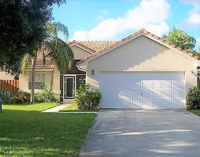 Delray Beach Single Family Home For Sale: 3763 S Lancewood Place
