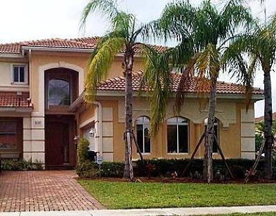 West Palm Beach Single Family Home For Sale: 825 Triana Street