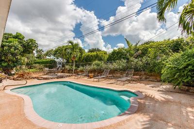 Lake Worth Single Family Home For Sale: 6816 Osborne Drive