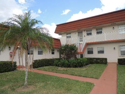 Royal Palm Beach Condo For Sale: 12016 Greenway Circle S #102