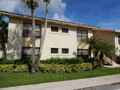 Royal Palm Beach Condo For Sale: 1543 Lake Crystal Drive #A