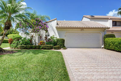 Boca Raton Single Family Home For Sale: 19575 Bay View Road