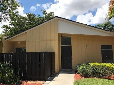 Boca Raton Single Family Home For Sale: 11696 Timbers Way