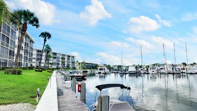 North Palm Beach Condo For Sale: 21 Yacht Club Drive #505