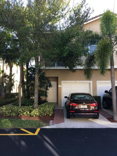 Condo For Sale: 115 Lighthouse Circle #C