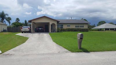 Port Saint Lucie Single Family Home For Sale: 148 NW Curtis Street