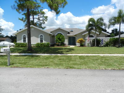 Wellington FL Single Family Home Contingent: $365,000