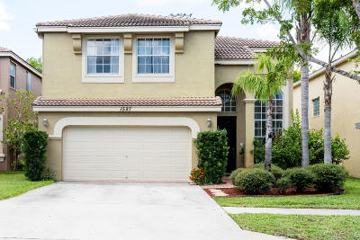 Royal Palm Beach Single Family Home Contingent: 1597 Briar Oak Drive
