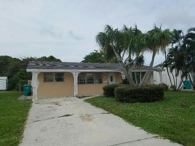 Boynton Beach Single Family Home For Sale: 221 SW 8th Avenue