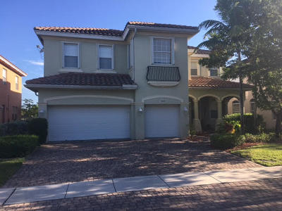 West Palm Beach Single Family Home For Sale: 628 Cresta Circle