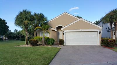Royal Palm Beach Single Family Home For Sale: 102 Lancaster Way