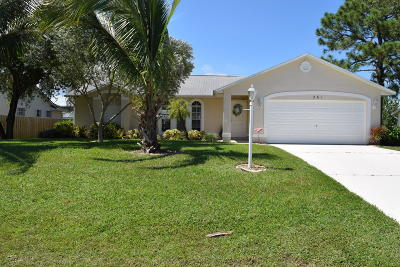 Port Saint Lucie Single Family Home For Sale: 261 SW Starflower Avenue