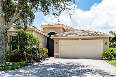 Lake Worth Single Family Home For Sale: 7769 Lighthouse Point Lane