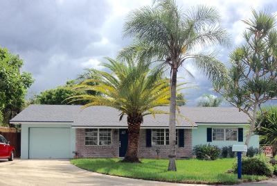 Boynton Beach Single Family Home For Sale: 2560 SW 10th Circle