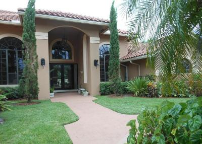 Broward County, Miami-Dade County, Palm Beach County Single Family Home For Sale: 1080 Breakers West Way