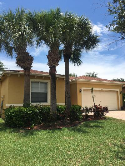 West Palm Beach Single Family Home For Sale: 807 Fieldstone Way
