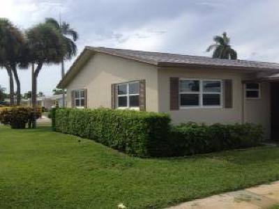 West Palm Beach Single Family Home For Sale: 2683 Barkley Drive E #A
