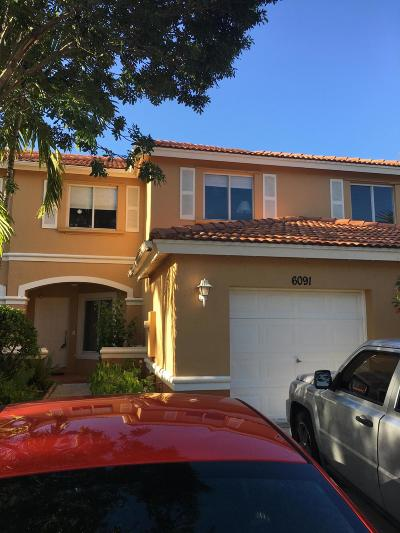 West Palm Beach Townhouse For Sale: 6091 Sugar Loaf Lane