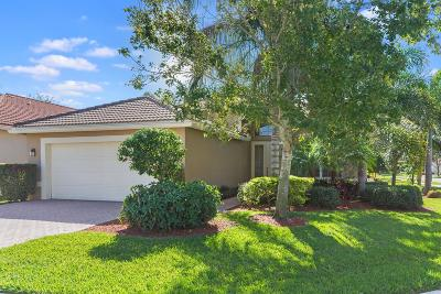 Boynton Beach Single Family Home For Sale: 10936 Deer Park Lane
