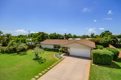 Lake Worth Single Family Home For Sale: 3040 Emerald Lane