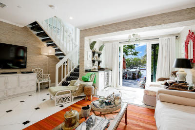 South Palm Beach Townhouse For Sale: 3543 S Ocean Boulevard #107