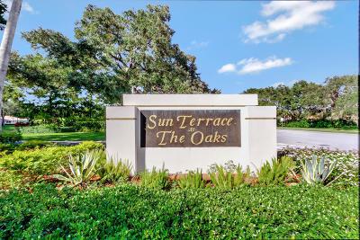 Palm Beach Gardens Townhouse For Sale: 8604 Chapman Oak Court
