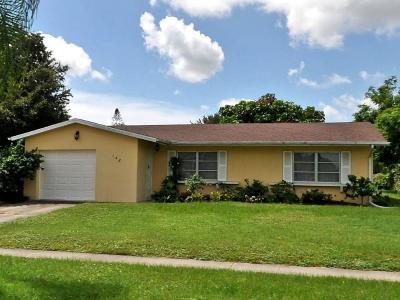 Port Saint Lucie Single Family Home For Sale: 148 NE Floresta Drive
