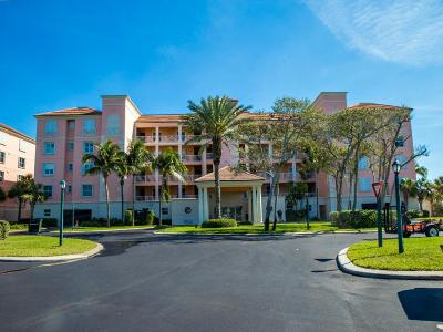 Fort Pierce Condo For Sale: 1016 Windward Drive