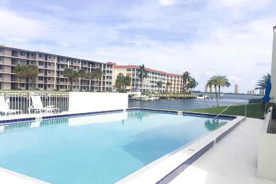 North Palm Beach Condo For Sale: 125 Shore Court #101b