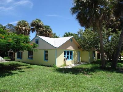 Jensen Beach Single Family Home Contingent: 2319 NE Sunny Acres Way
