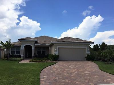 Jensen Beach Single Family Home For Sale: 2210 NW Windemere Drive